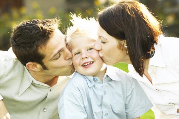 Çocuk Büyütmede Anne Babanın ve Aile Büyüklerinin Yeri