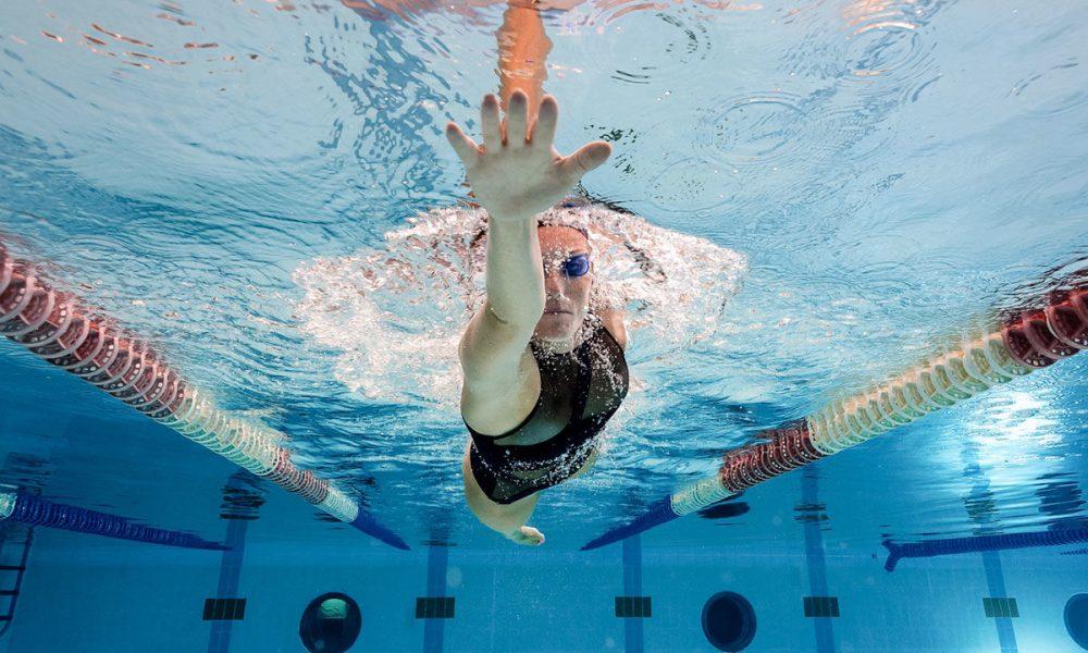 Плавание для похудения техника